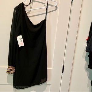Marineblu One Sleeve Bracelet Accent Dress